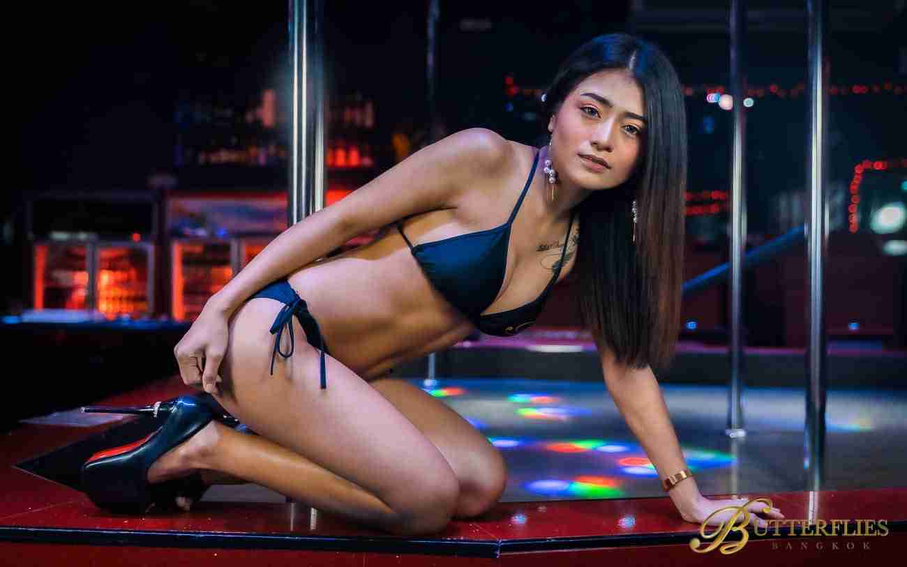 Butterflies Bangkok Sexy Thai Girls Go-Go Bar Nana Plaza Bangkok